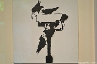 'Angry Crows' van Banksy in het Moco Museum in Amsterdam / Copyright © JTravel.nl